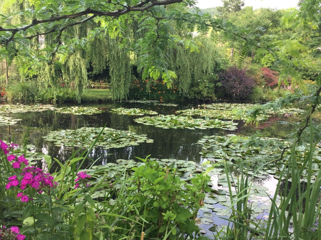 The Water Lily pond at Giverny, France